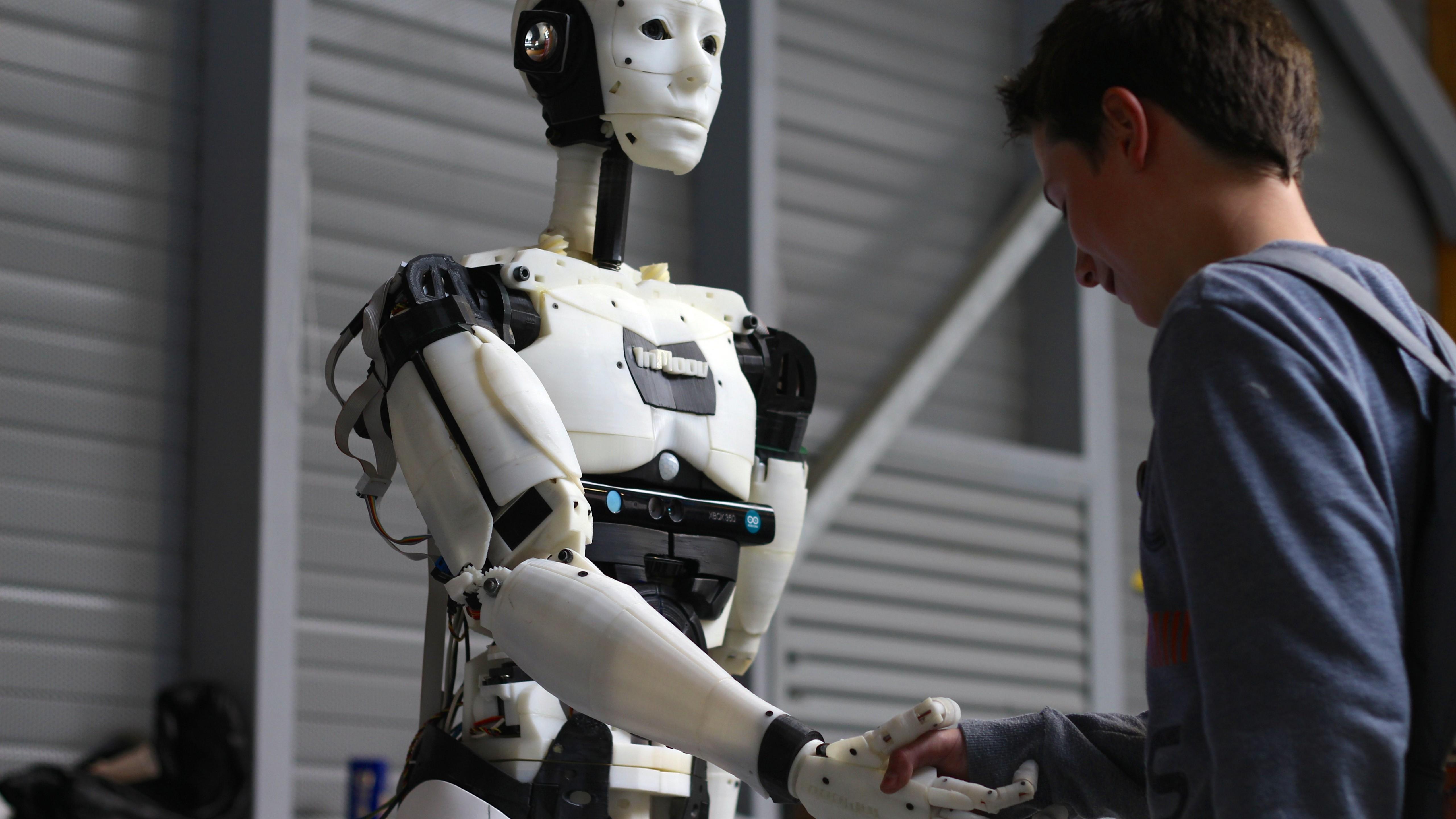 Человекоподобные роботы имеют хорошие перспективы в армии